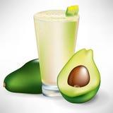 Bebida com fruta e fatia frescas de abacate Imagens de Stock