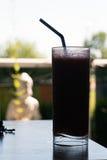 Bebida congelada do verão na silhueta Imagens de Stock Royalty Free