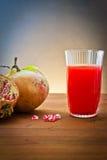 Bebida da romã e do suco Fotos de Stock Royalty Free