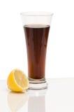 Bebida de la cola con el limón Imágenes de archivo libres de regalías