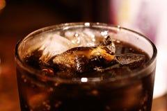 Bebida de refrescamento deliciosa da cola saboroso fresca Imagem de Stock