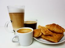 Bebida de vidro do latte do café do whitecup do copo do blackcoffee de Americano quente Imagem de Stock