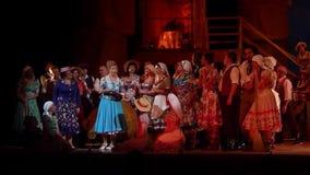 Bebida del amor de la ópera cómica almacen de metraje de vídeo