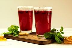 Bebida del arándano en un fondo de madera Foco selectivo Imagen de archivo