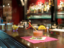 Bebida del cóctel en la barra Fotografía de archivo