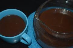 Bebida del chocolate caliente durante la Navidad fotos de archivo