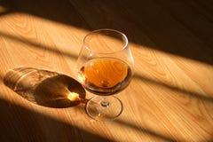 Bebida del coñac fotografía de archivo