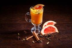 Bebida del color anaranjado Fotos de archivo
