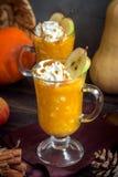 Bebida del otoño Fotos de archivo