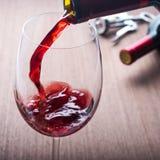 Bebida derramada do vinho fotografia de stock royalty free