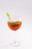 Bebida do cocktail com cubos de gelo Foto de Stock Royalty Free