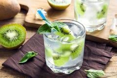 Bebida do quivi (cocktail) Fotos de Stock Royalty Free