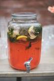 Bebida dulce de la limonada Fotos de archivo