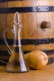 Bebida e pera tradicionais alcoólicas imagens de stock royalty free