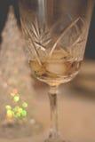Bebida en la taza cristalina Foto de archivo libre de regalías