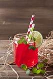 Bebida en Mason Jar Fotos de archivo libres de regalías