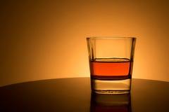 Bebida en salida del sol Fotografía de archivo libre de regalías