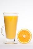 Bebida feita home fresca de refrescamento do sumo de laranja Fotografia de Stock