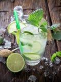 Bebida fresca del mojito Fotografía de archivo libre de regalías