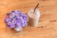 Bebida fresca no dia de verão, café de gelo fotografia de stock