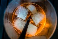 Bebida fria com cubos de gelo Imagem de Stock