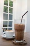 Bebida quente e fria do café foto de stock royalty free