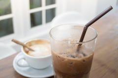 Bebida quente e fria do café imagem de stock royalty free