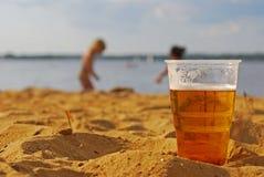Bebida responsavelmente. Pense do seus amados. Fotos de Stock Royalty Free