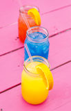 Bebidas coloridas del verano Foto de archivo libre de regalías