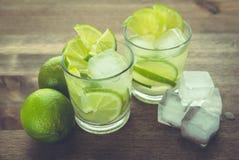 Bebidas de la cal en estudio Imagen de archivo libre de regalías