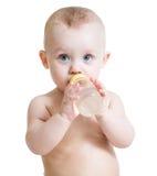 Bebidas del bebé de la botella Imagenes de archivo