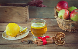 Bebidas del otoño con las especias Foto de archivo