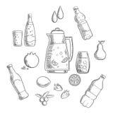 Bebidas e composição dos esboços das bebidas Imagem de Stock