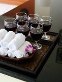 Bebidas e toalhas do refresher. Foto de Stock