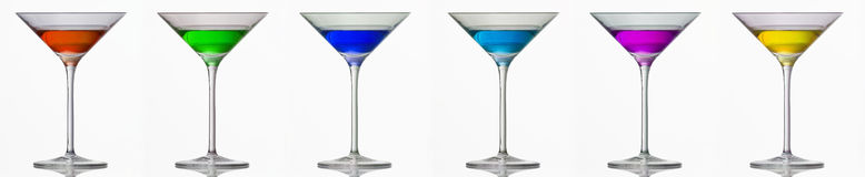 Bebidas em vidros de cocktail Fotografia de Stock Royalty Free