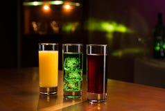 Bebidas en barra Imagen de archivo libre de regalías