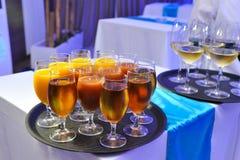 Bebidas en el partido Foto de archivo