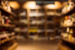 Bebidas en tienda de la bebida imagenes de archivo