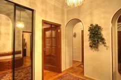 bebodd multiroom för lägenhetbild arkivfoton