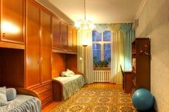 bebodd multiroom för lägenhetbild arkivbild