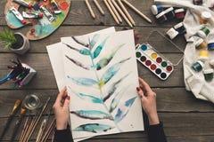 Bebouwd beeld van de schets van de schildersholding van tekening stock afbeelding