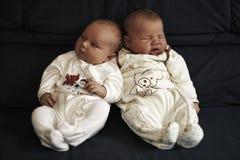 Bebês de sono Fotos de Stock