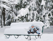 Beby erster Winter Lizenzfreie Stockbilder