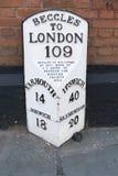Beccles alla pietra miliare di Londra immagini stock libere da diritti