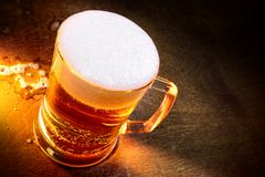 Becher Bier Lizenzfreie Stockbilder