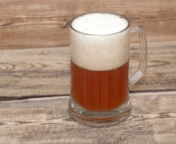 Becher Bier Stockfoto