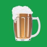 Becher Bier mit Kappe des Schaums Lizenzfreie Stockbilder