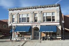 Becker y Nolan Casino en la cala Colorado del lisiado foto de archivo libre de regalías