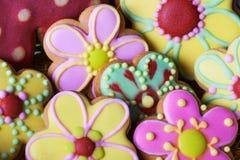 Beckgroung tradicional das cookies do pão-de-espécie da Páscoa Foto de Stock Royalty Free