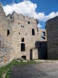 Beckov城堡的北宫殿  免版税库存照片